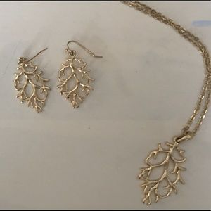 Lia Sophia Gold Reef Pendant Necklace and Earrings